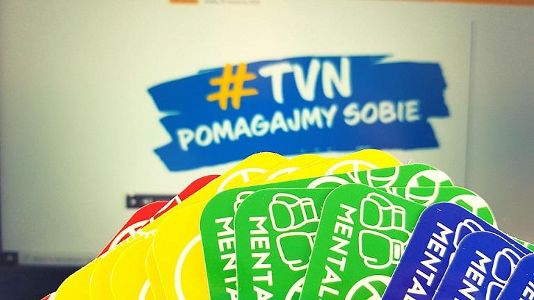 karty MENTALSETEPS, w tle #TVNpomagajmysobie